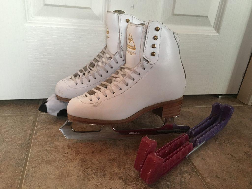Paire de patinsJackson Freestyle 6B en bon état à vendre 190,00$.